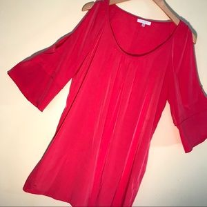 GLAM open shoulder silky dress, deep berry color M